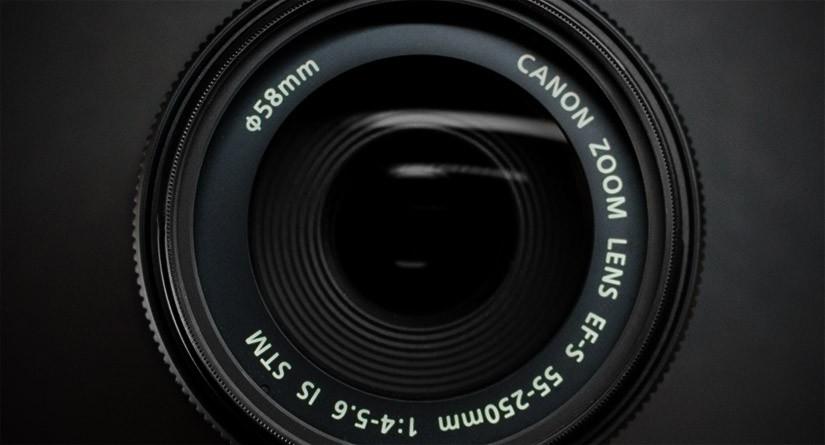 新品の一眼レフを使いはじめる前に、レンズ保護フィルター購入