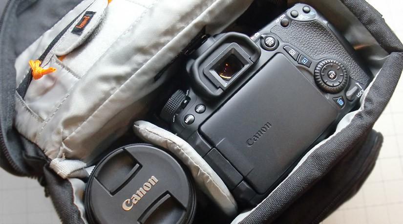 カメラバック Lowepro Nova 170 AW を購入しました
